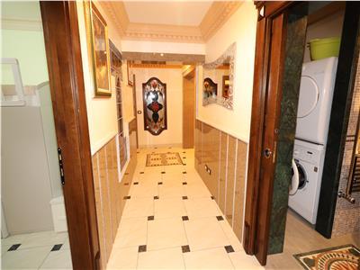 Apartament 3 camere, etaj 3, Inspectoratul Scolar  super lux