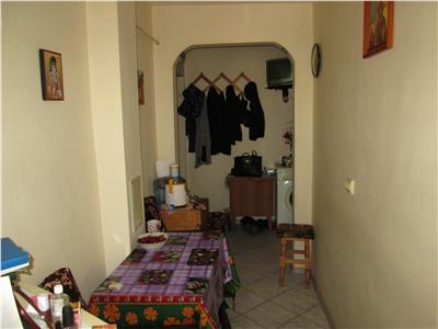 Garsoniera de vanzare etaj 3 zona Pictor Griorescu  Gradinita