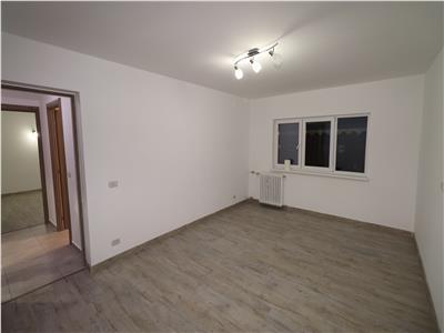 Apartament 2 camere, etaj 3, zona Spitalul Militar