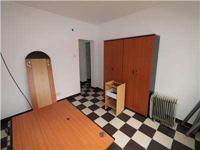 Spatiu comercial  birou  , zona ING  Banca Transilvania