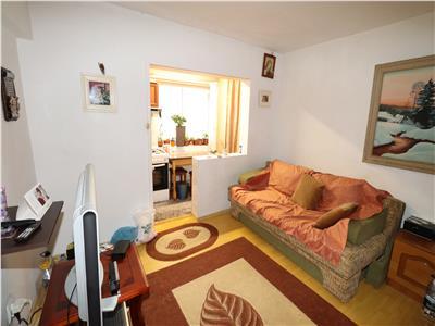 Apartament 2 camere, etaj 4 cu acoperis  Primarie