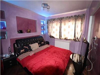 Apartament 2 camere, etaj 2, renovat  zona Scoala 7