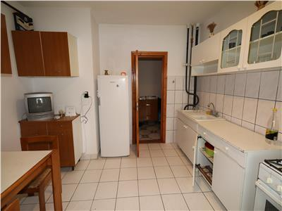 Apartament 2 camere, etaj 3, 70mp zona Mc Donalds