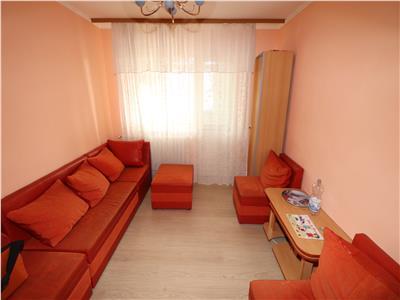 Apartament 4 camere, etaj 3, zona Sud - 64mp -