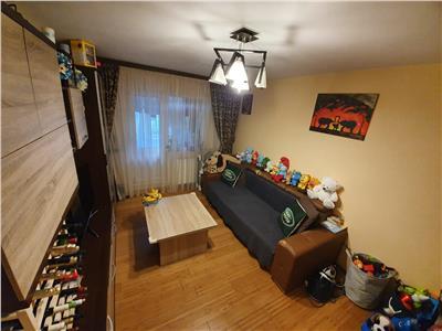 Apartament 2 camere, renovat 2017, mobilat si utilat, parter SUD
