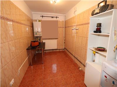 Apartament 2 camere, parter, zona Obor - stradal -