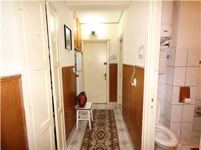 Apartament 2 camere, etaj 2, zona Garii , Liceul Economic