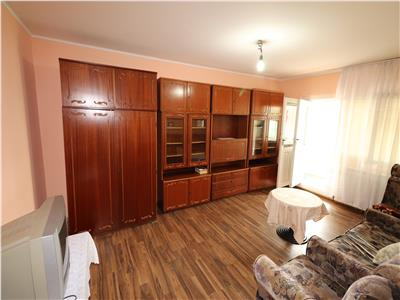 Apartament 2 camere, mobilat clasic, etaj 3, str Mare a Uniri