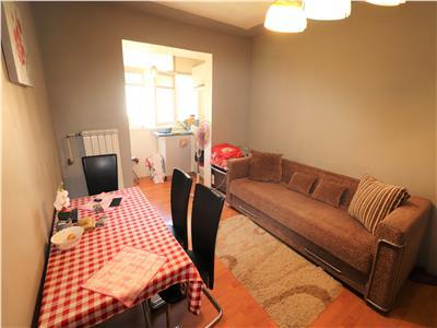 Apartament 2 camere, zona sud, etaj 3 , mobilat