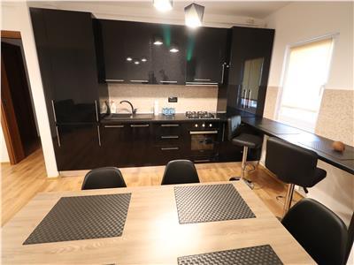 Apartament 3 camere, zona Primarie,etaj 3 ,liber