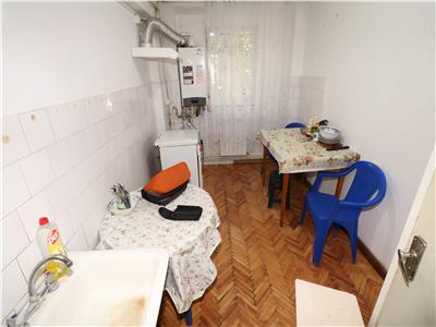 Apartament 3 camere, etaj 2, zona Dogan, Semi-mobilat