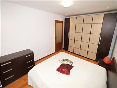 Apartament 3 camere, etaj 1, renovat si mobilat