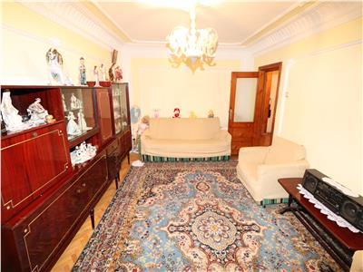 Apartament 3 camere , zona Lidl , etaj 2