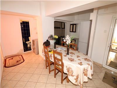 Apartament 3 camere, etaj 1/10, mobilat si utilat