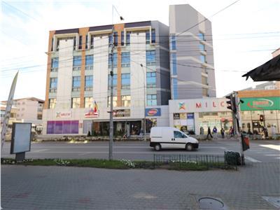 Spatii comerciale in Magazinul Milcov etajul 1.Suprafete intre 20 mp si 200 mp. Pret 9 euro/mp