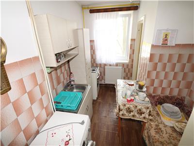 Apartament 2 camere, B-dul Garii, etaj 3