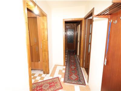 Apartament 3 camere, etaj 1, zona 2 Stejari
