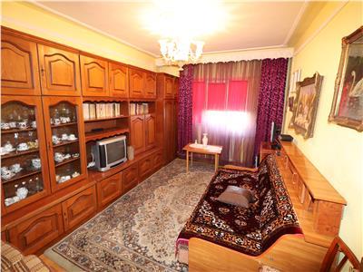 Apartament 2 camere, etaj 3/4, Liceul Economic