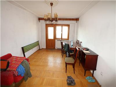 Apartament 3 camere , zona Centrala , Etaj 7/8 cu CT