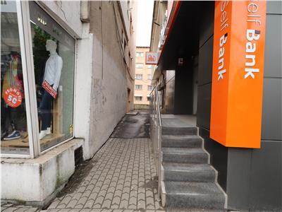 Spatiu comercial - birou - , zona ING - Banca Transilvania